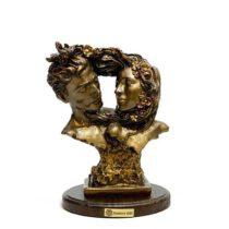 مجسمه گلدن گیفت طرح نیم تنه عشق کد 444